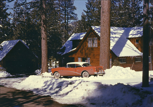 The house on Robin Road in Big Bear. The structure on the left is the stand-alone garage.