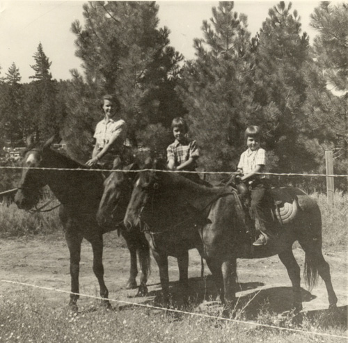 Janelle, Parry and Lindy enjoy some horseback riding.