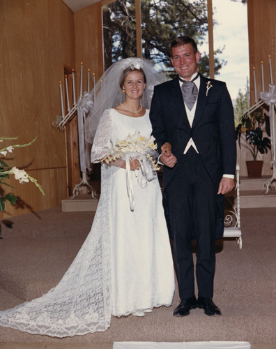 Christina Cooper marries Charles Roland Hastings, 24 August 1968.