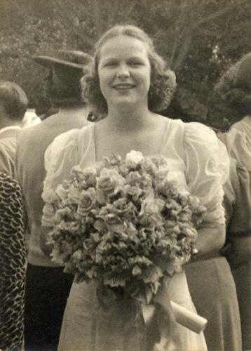 Jane Ellen on graduation day at Marlborough, June of 1938.